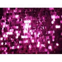 Różowa siatka z fioletowymi...